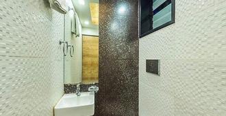 Room Maangta 136 - Cst - Mumbai - Bathroom