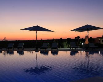 Country Resort Capo Nieddu - Santa Caterina - Pool