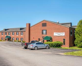 Quality Inn at Bangor Mall - Bangor - Building