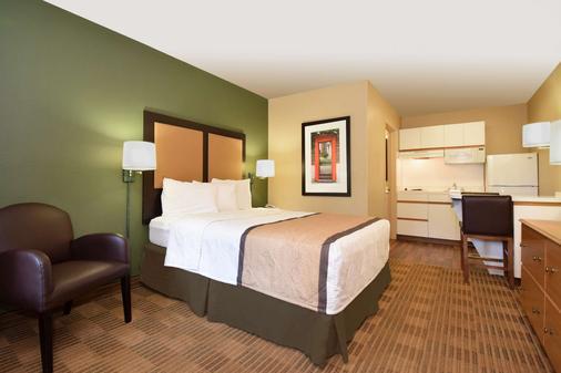 Extended Stay America - Washington, D.C.-Germantown-Town Ctr - Germantown - Bedroom