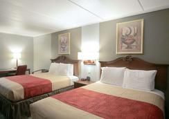 Econo Lodge - Austin - Bedroom