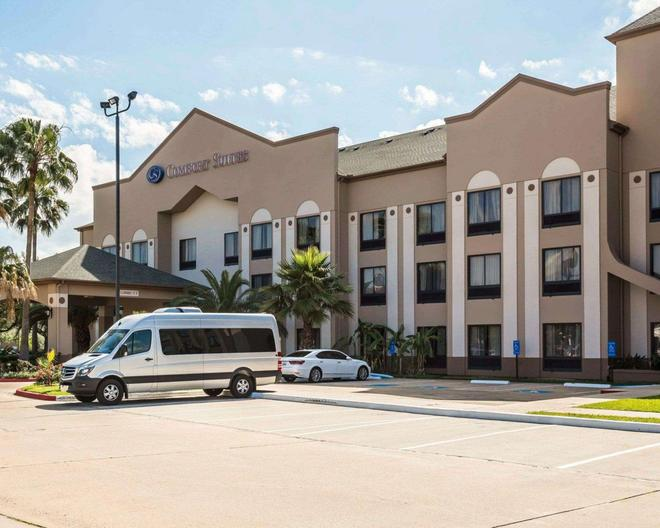 Comfort Suites Stafford - Stafford - Building