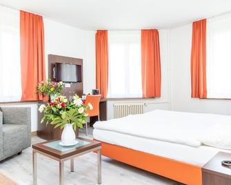 Hotel Rheinfelderhof - Basel - Schlafzimmer