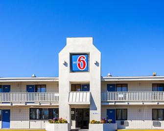 Motel 6 Bangor - Bangor - Byggnad