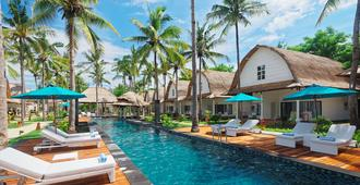 Jambuluwuk Oceano Resort Gili Trawangan - Pemenang - Building
