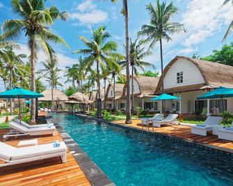 Jambuluwuk Oceano Resort Gili Trawangan - Pemenang - Pool