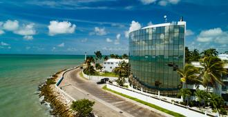 Radisson Fort George Hotel and Marina - Cidade de Belize