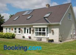 The Little Flock Farm - Roscommon - Building