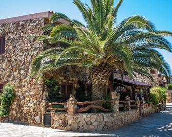 Porto Ottiolu Resort - Budoni - Buiten zicht