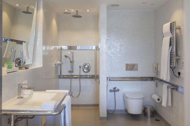 Hotel Unique - Sao Paulo - Bathroom