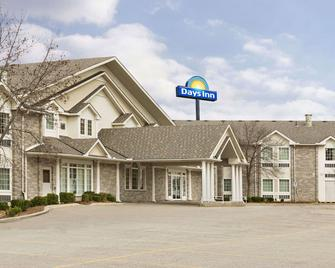 Days Inn by Wyndham Guelph - Guelph - Building