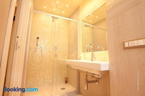 Bellambra - Monterosso al Mare - Bathroom