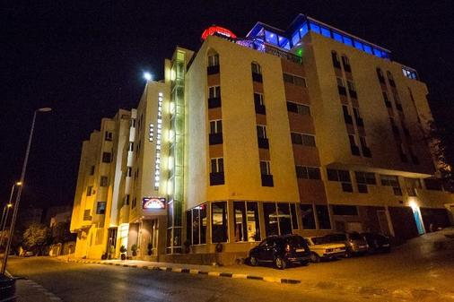 Menzeh Fez - Fez - Building