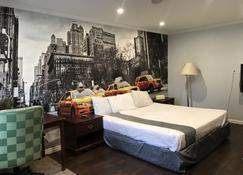 Hamilton Inn - Sturbridge - Bedroom