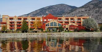 Holiday Inn Hotel & Suites Osoyoos - Osoyoos - Edificio