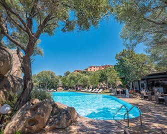 Hotel Rocce Sarde - San Pantaleo - Pool