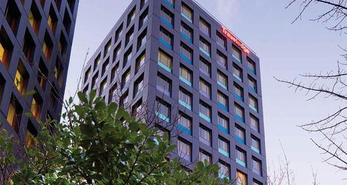 Travelodge Hotel Wellington - Wellington - Building