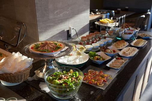 Best Western Okinawa Onna Beach - Okinawa - Buffet