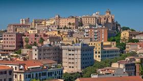 Regina Margherita Hotel - Cagliari - Vista del exterior