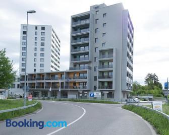 Hotel Swiss Bellevue - Kreuzlingen - Building