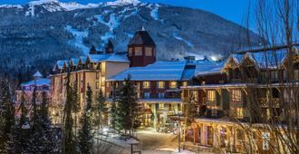 Delta Hotels by Marriott Whistler Village Suites - Whistler - Building
