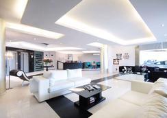 Bayinn Hotel - Jounieh - Lobby