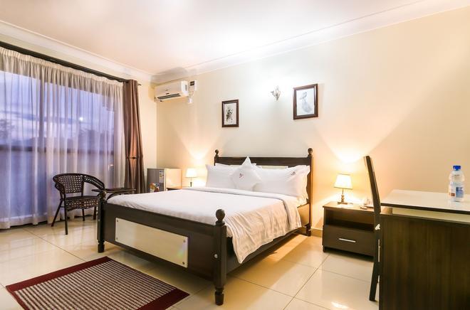 Marie's Royale Hotel - Кампала - Спальня
