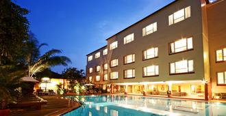 Juliana Hotel Phnom Penh - Πνομ Πενχ