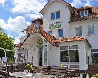 Hotel EDEN - Ostseebad Baabe - Building