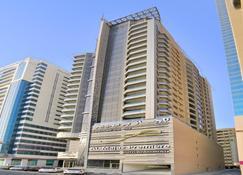 Al Majaz Premiere Hotel Apartment - Sharjah - Gebouw