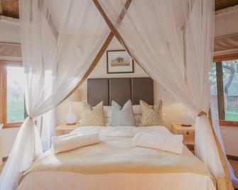 Lilayi Lodge - Lusaka - Bedroom