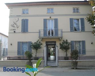 Hostaria Da Ivan - Gramignazzo - Building