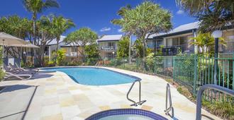 Beach Breakers Resort - Noosa Heads - Piscina