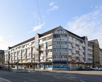 Hotel am Karlstor - Karlsruhe - Building
