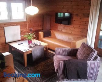 Ferienhaus Nr. 52 im Ferienpark am Twistesee - Bad Arolsen - Living room