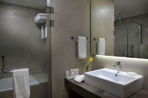 Radisson Blu Hotel, Beirut Verdun - Βηρυτός - Μπάνιο