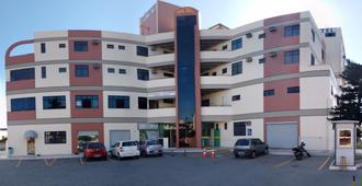 Lord Hotel Camburi - ויטוריה