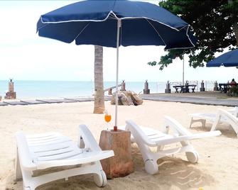 Talkoo Beach Resort Khanom - Khanom - Terasa