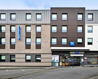 ibis budget Saint-Quentin Centre Gare - Saint-Quentin - Building
