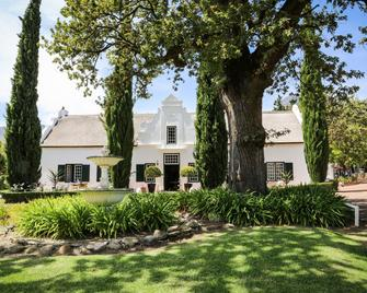 Mountain Shadows Estate - Paarl - Building