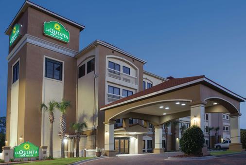 La Quinta Inn & Suites by Wyndham Fort Walton Beach - Fort Walton Beach - Building