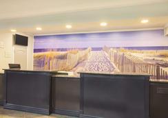 La Quinta Inn & Suites by Wyndham Fort Walton Beach - Fort Walton Beach - Lobby