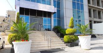 Crystal Hotel - Ammán - Edificio