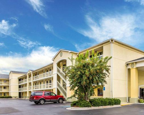 Suburban Extended Stay Hotel - Augusta - Building