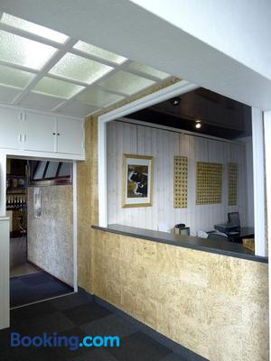 Hotel Du Sablar - Mont-de-Marsan - Front desk