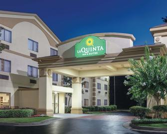 La Quinta Inn & Suites by Wyndham Jackson Airport - Pearl - Building