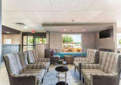 La Quinta Inn & Suites by Wyndham Jackson Airport - Pearl - Lounge