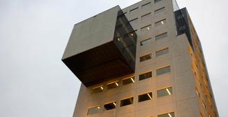The James Hotel Rotterdam - Rotterdam - Building