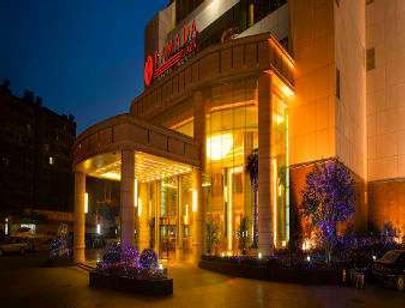 Ramada Plaza by Wyndham Optics Valley Hotel Wuhan Wuchang - Wuhan - Building