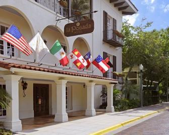 La Posada Hotel - Laredo - Gebouw